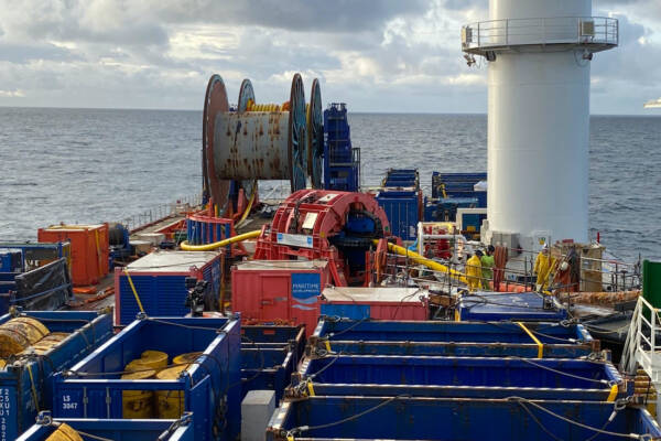 Retrieving FPSO SURF with Helix