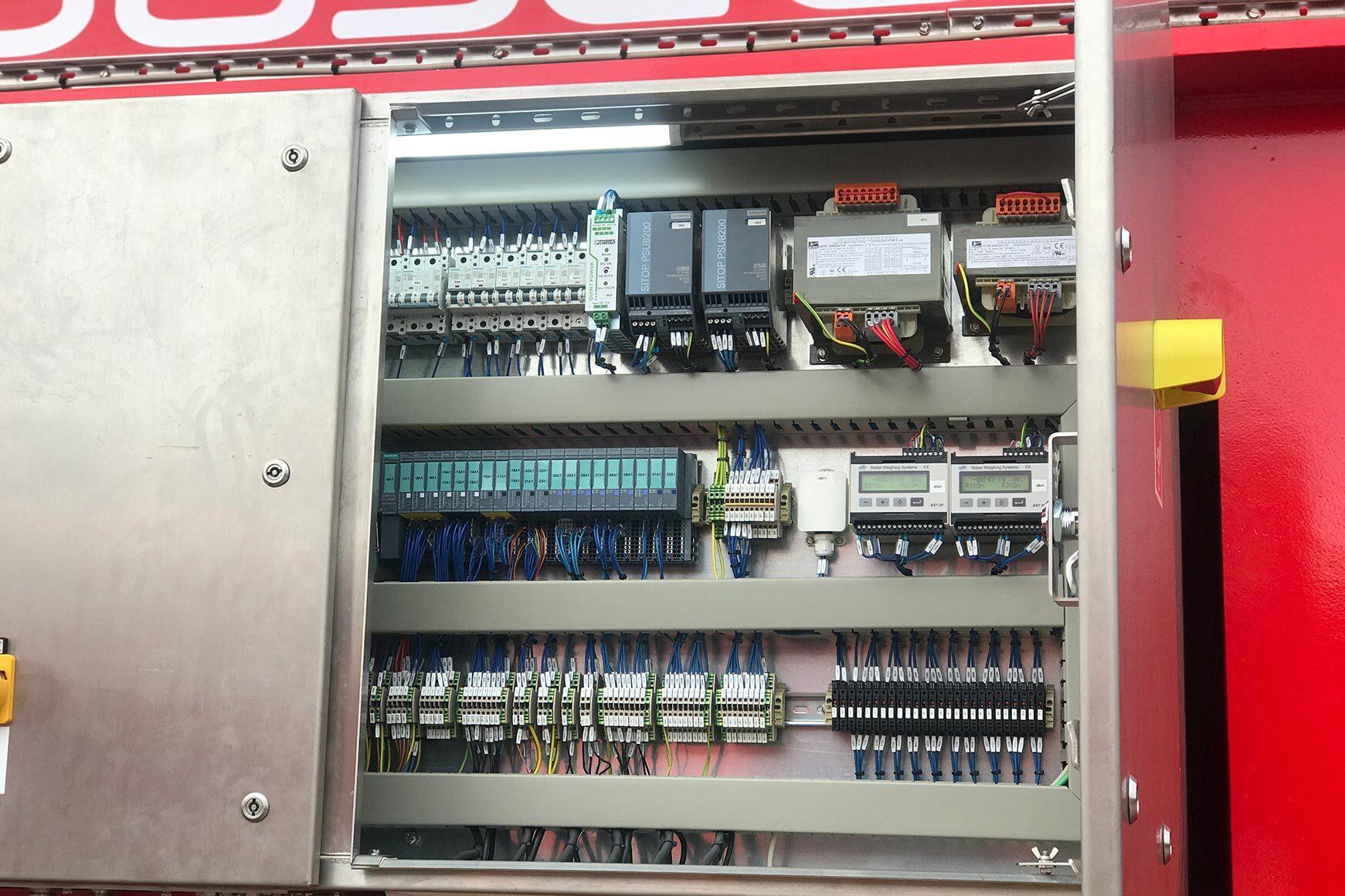 MDL tensioner panel