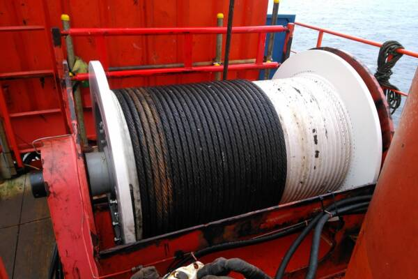 Crane winch replacement