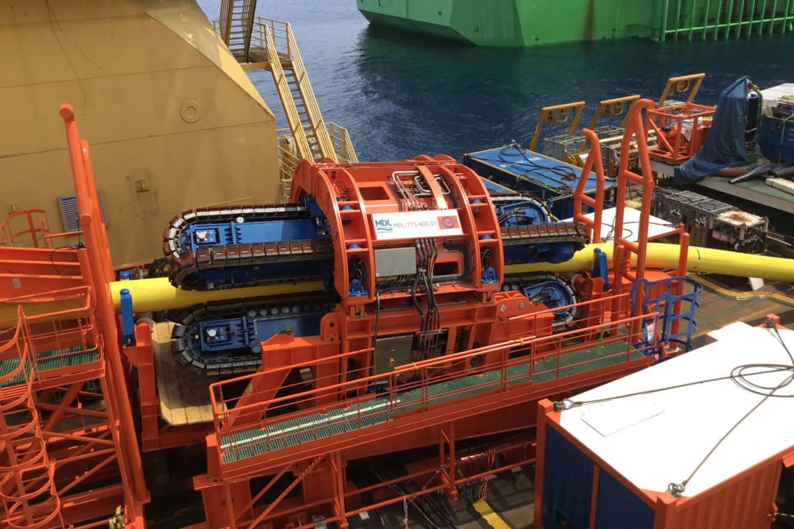 Mdl 150 tonne portable tensioner